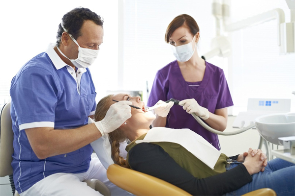 career study dental assistant Find out more about the average dental assistant salary and learn where the best-paying metropolitan areas are for a dental assistant across the country.
