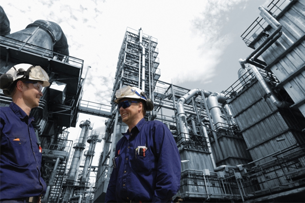Can i do masters in petroleum engineering online?